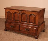Small English Chest in Oak - 18th Century (6 of 16)