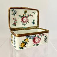Immaculate Bilston Box c.1800 (2 of 8)