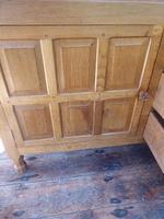 """Large Oak """"Foxman"""" Sideboard (4 of 11)"""