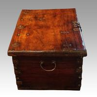 Antique merchant trunk (11 of 11)