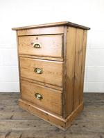 Antique Pine Chest of Drawers on a Plinth Base (10 of 13)