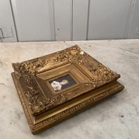Antique Victorian portrait in oil of a young girl child in ornate gesso frame 2 of 2 (9 of 10)