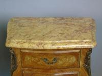 Good Pair Of French Inlaid Bedside Cabinets With Ormolu Mounts (5 of 7)