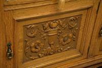 Edwardian Light Oak Carved Mirror-back Sideboard (11 of 17)