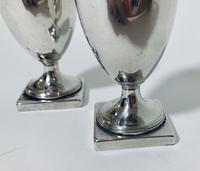 Pair of 18th Century Georgian Solid Sterling Silver Salt and Pepper Shakers Pepperettes (4 of 12)
