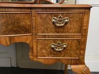 Burr Walnut Queen Anne Dressing Table (8 of 13)