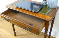 Delightful Little Victorian Leather Topped Single Drawer Desk c.1880 (4 of 12)