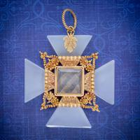 Antique Victorian Mourning Cross Pendant Etruscan Revival Agate 18ct Gold c 1850
