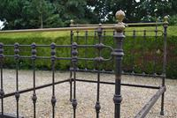 Original Victorian Brass and Iron King Size 5ft Bedstead. Bed Fully Restored in Your Choice of Colour (2 of 15)