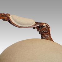 Victorian Walnut Love Seat (5 of 9)