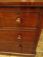 Handsome Small Antique Mahogany Chest of Drawers (15 of 20)