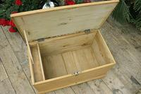Fabulous & Restored Pine Blanket Box / Chest / Trunk / Coffee Table (9 of 9)
