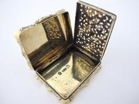 Superb Silver-gilt Vinaigrette Nathaniel Mills Birmingham 1844 (8 of 8)