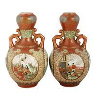Pair of 19th Century Kutani Porcelain Vases (3 of 8)