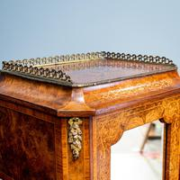 Victorian Marquetry Desk (5 of 8)