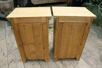 Fabulous! 'Chunky' Pair of Old Pine Bedside Cabinets - We Deliver! (8 of 8)