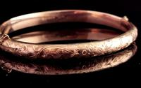 Art Deco 9ct Gold Bangle, Floral Engraved (2 of 11)