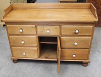 1900's Quality Country Pine Dog Kennel Dresser Base (2 of 5)