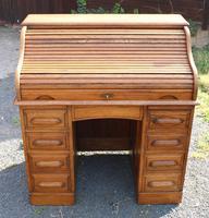 1900s Golden Oak Stype Rolltop Desk