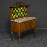 Victorian Washstand (3 of 10)