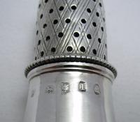 Rare Hester Bateman 1786 Solid Sterling Silver George III Antique Pepper Pot Sugar Caster Shaker. English Hallmarked 18th Century (6 of 7)
