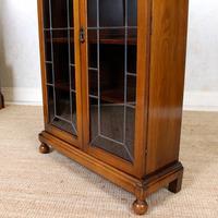 Oak Leaded Glass Bookcase (12 of 15)