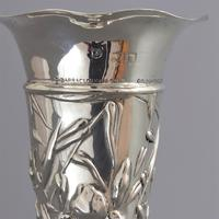 Art Nouveau Silver Repousse Bud Vase with Irises by William Comyns 1903 (8 of 8)