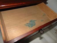 Georgian Mahogany Two Drawer Side Table (6 of 7)