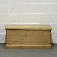 Old Pine Box (2 of 4)