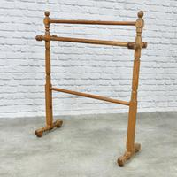 Victorian Pitch Pine Towel Rail (3 of 4)