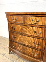 Small 20th Century Walnut Chest of Drawers (5 of 10)