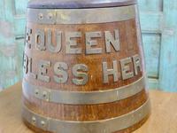 "Royal Navy ""Grog Tub"", Oak and Brass Sailor's Rum Barrel (5 of 9)"