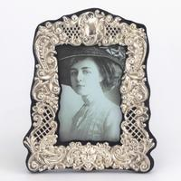 Pierced & Embossed Silver Photograph Frame by Broadway & Co 1906 (2 of 9)