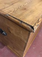 Antique Pine Travelling Box (6 of 6)