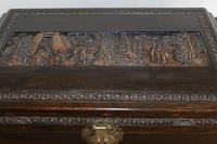 Chinese relief carved camphorwood coffer with an ebonised finish (17 of 23)