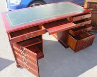 1960s Mahogany Pedestal Desk with Green Leather (2 of 4)