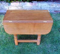 X Mouseman Beaverman Oak Drop Flap Coffee Table (2 of 12)