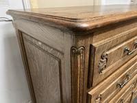Stylish French Oak Chest of Drawers (14 of 18)
