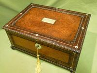 QUALITY Inlaid Rosewood & Amboyna Jewellery – Work Box. c1840 (2 of 16)