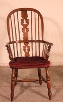 Near Pair of English Windsor Armchairs - 19th Century (7 of 11)