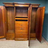 Spectacular Quality Figured Burr Walnut Antique Triple Wardrobe (9 of 10)