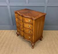 Waring & Gillow Burr Walnut Serpentine Chest of Drawers (7 of 15)