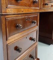 Victorian Figured Mahogany Pedestal Writing Desk (4 of 11)
