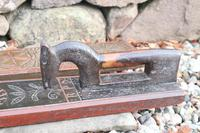 Scandinavian / Danish 'Folk Art' Horse handle mangle board with chip carving & original  black/red paint BPD c.1820 (18 of 19)