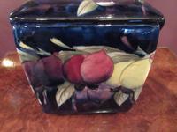 Antique Moorcroft Wisteria Box & Cover (6 of 9)