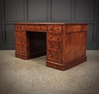 Exceptional Victorian Figured Walnut Desk (9 of 18)