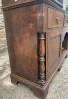Georgian Oak Dog Kennel Dresser (25 of 27)
