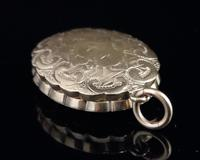 Antique Pinchbeck Mourning Locket (3 of 11)