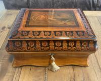 William IV Birch Penwork Jewellery Box (14 of 16)