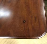 Victorian Mahogany Dining Table with two additional leaves (6 of 11)